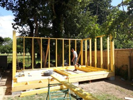 mur-studio-de-jardin